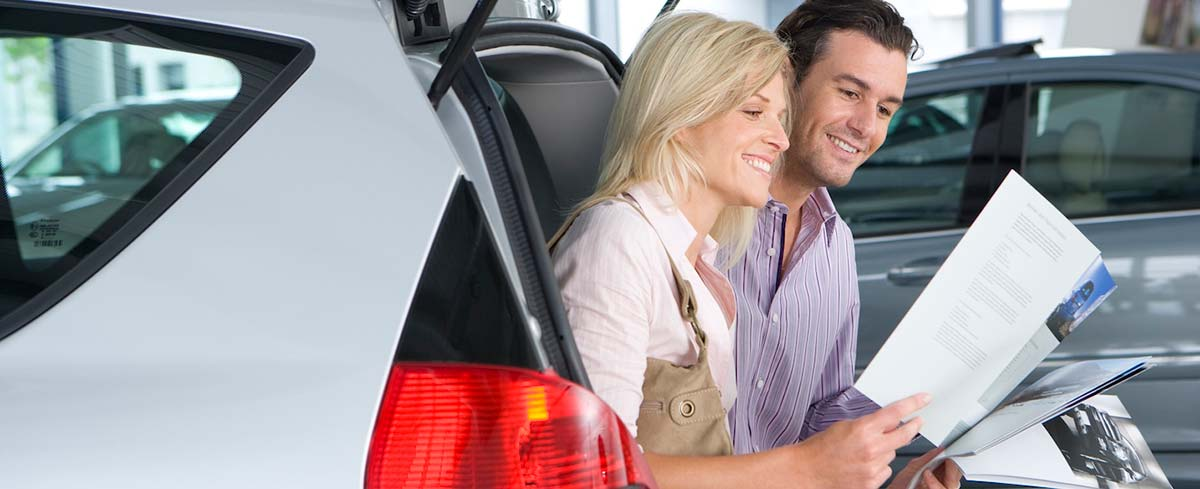 Couple with a car lease image