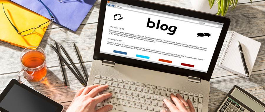 People Blogging Image