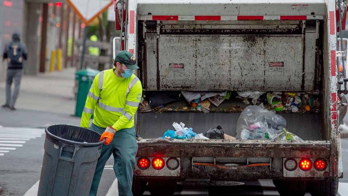 Trash Collector Job Image