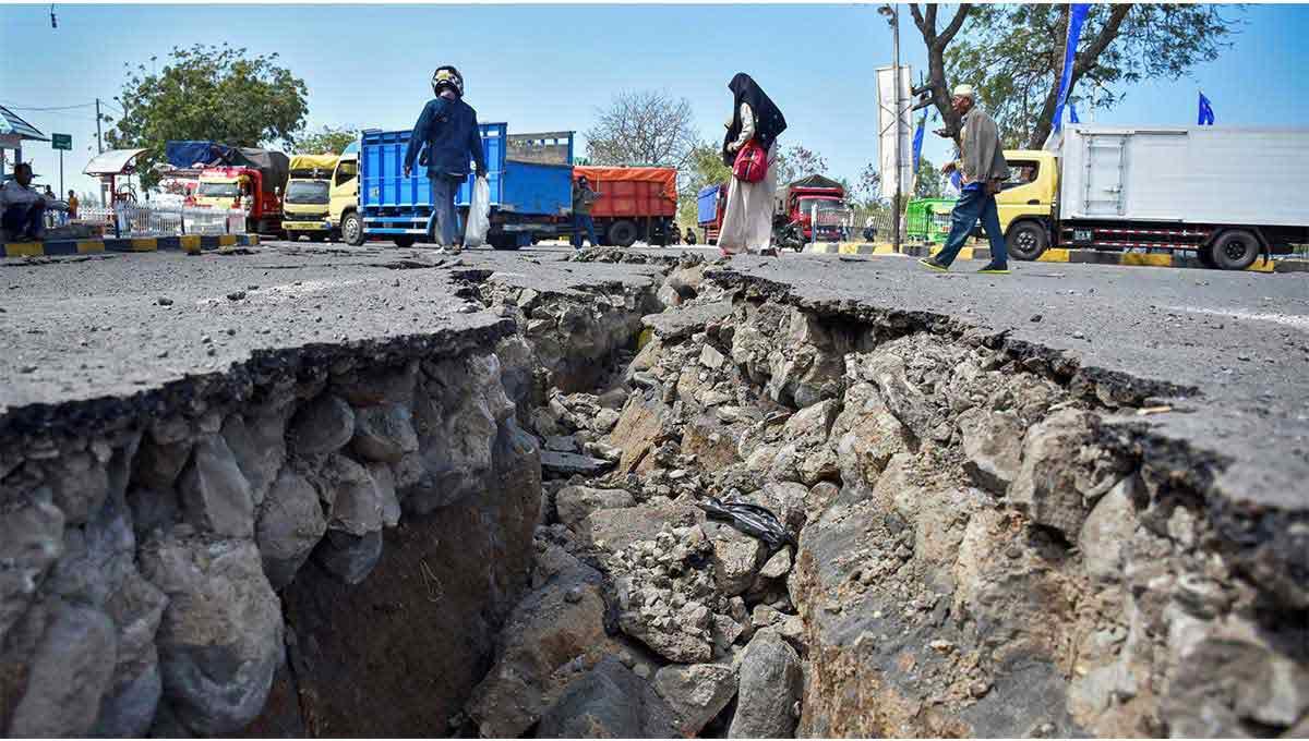 Earthquake Image