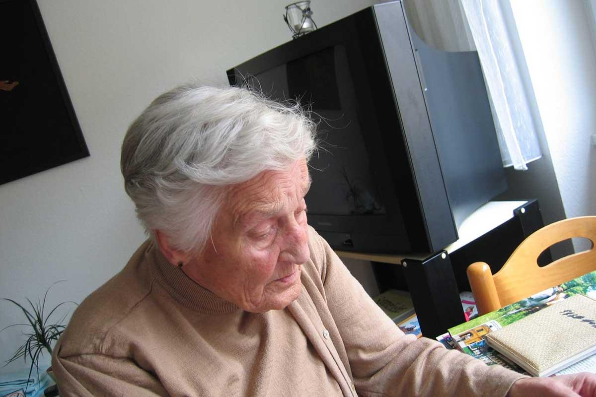 Senior living in a dementia home care