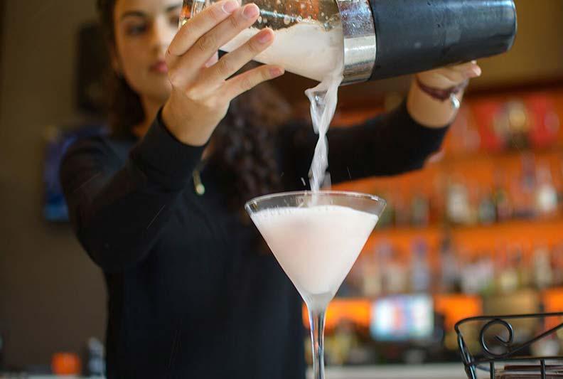 Liquor server rate in Ontario