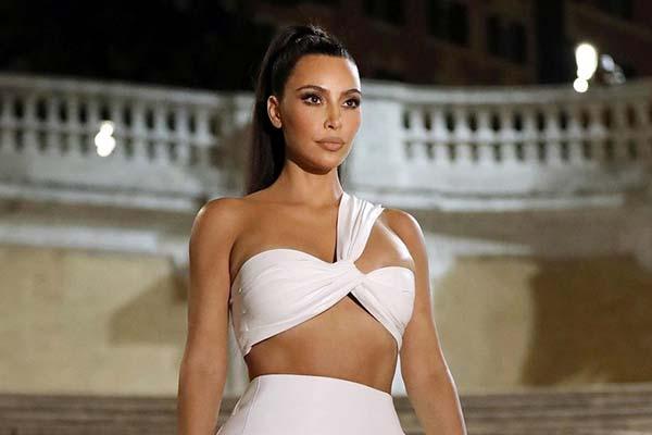 Kim Kardashian insured curves